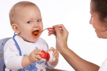 Qu puede y debe comer un beb durante sus primeros 6 meses noticias de salud noticias de salud - Que puede comer un bebe de 8 meses ...